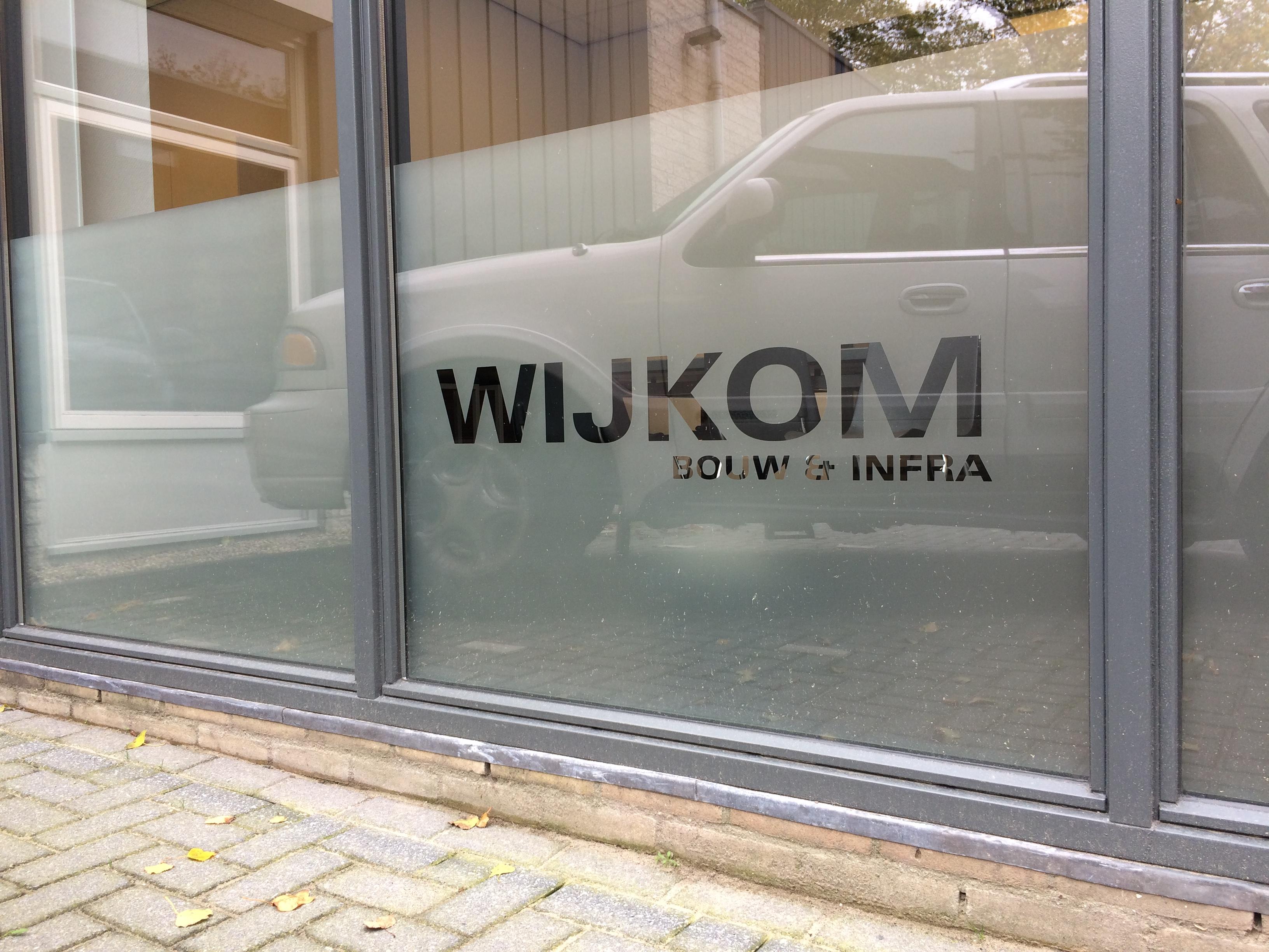 Wijkom Bouw en Infra - Raambelettering