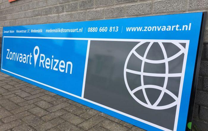 PC Reclame - Sponsorbord FC Medemblik - Zonvaart Reizen