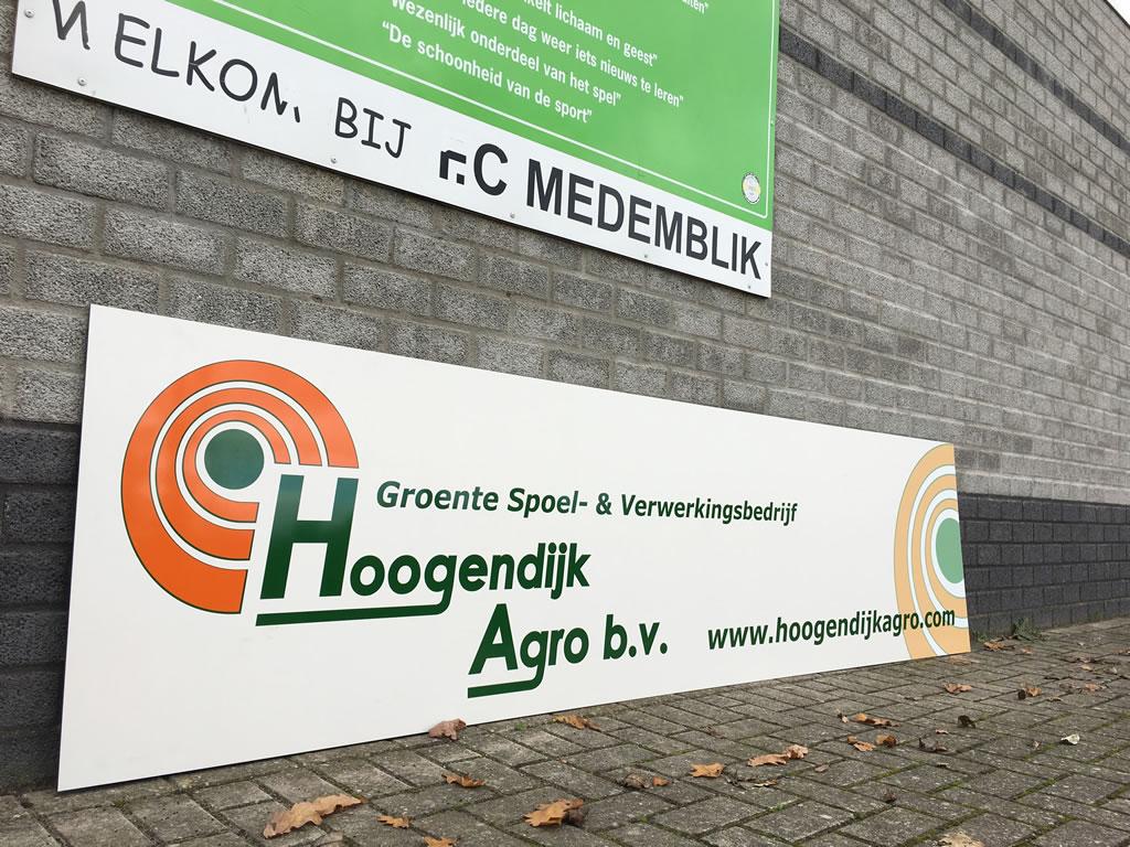 Sponsorbord van Hoogendijk Agro B.V. voor FC Medemblik