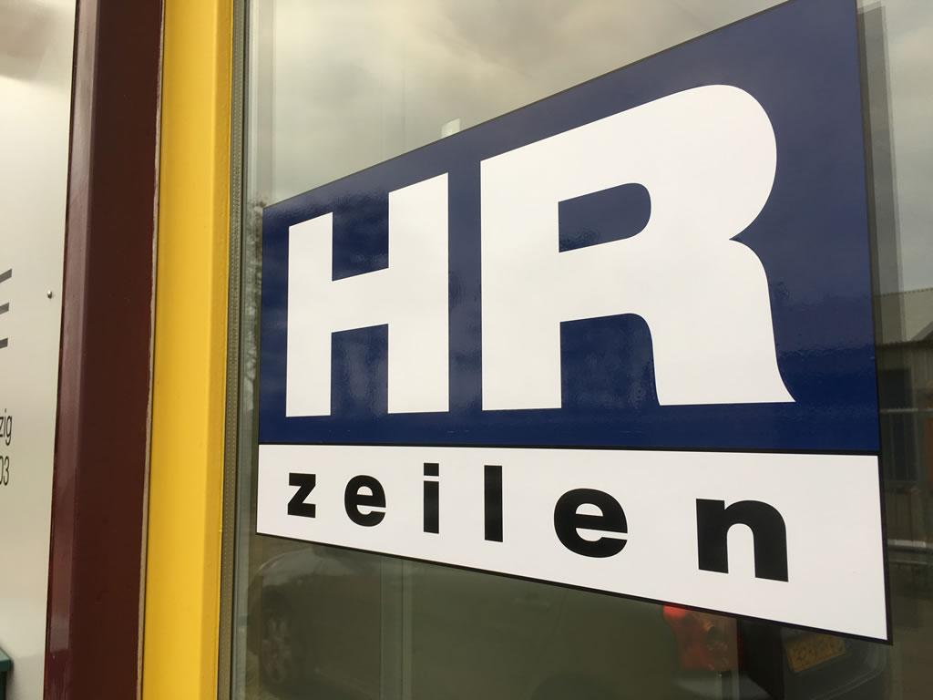 HR Zeilen - Nieuw pand, nieuwe sticker