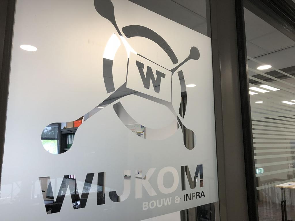 Raambelettering kantoor Wijkom/Aan de Oever